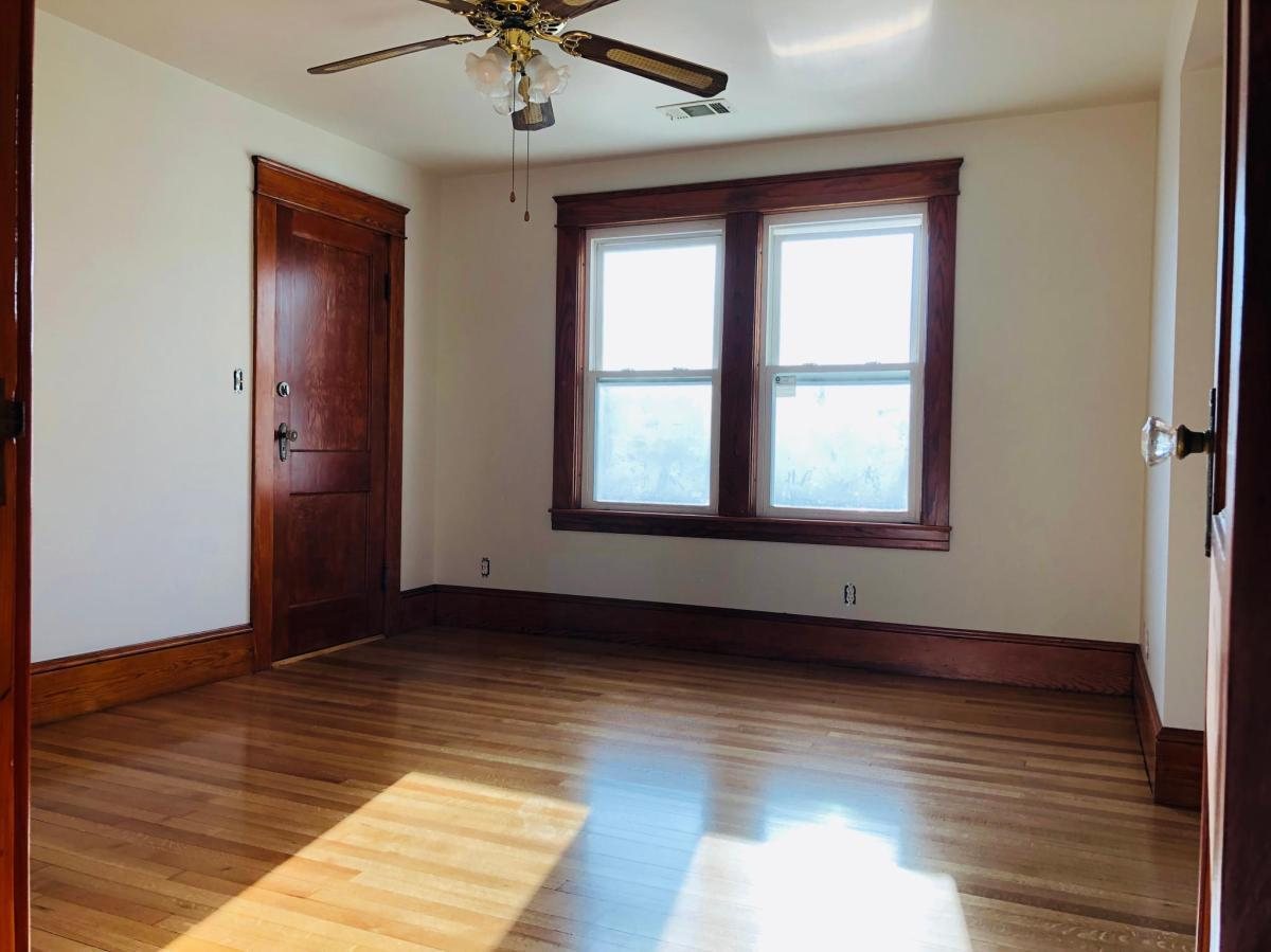 43 Schofield Ave #5, Dudley, MA - 1,400 USD/ month