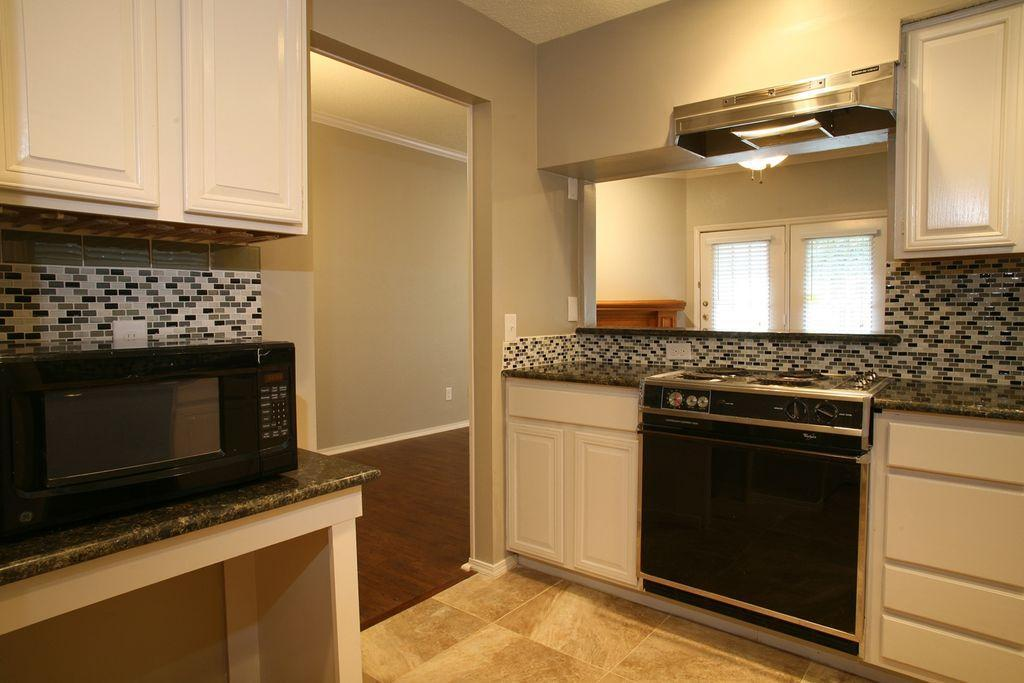 5325 Bent Tree Forest Dr #1144, Dallas, TX - 1,199 USD/ month