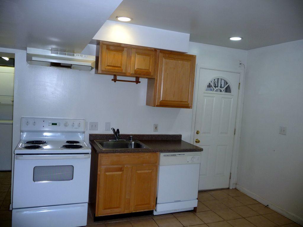 42 Florida Ave NW, Washington, DC - 3,900 USD/ month