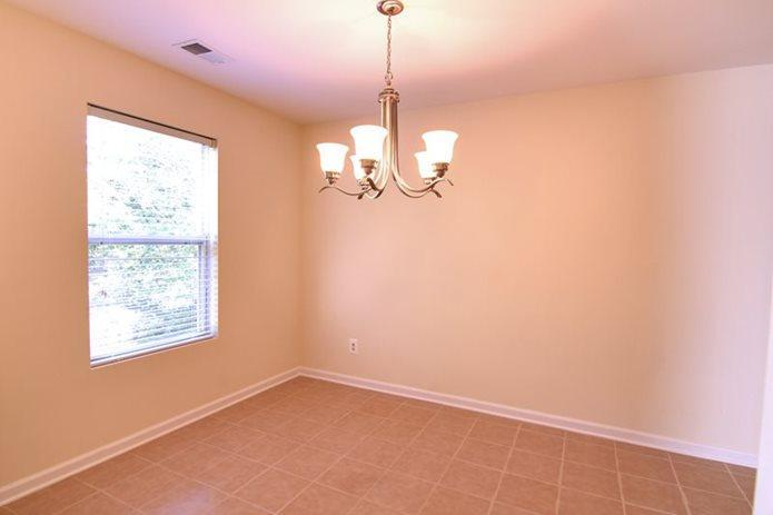 113 Northumberland Way #FP-1BR/1BA, Monmouth Junction, NJ - 1,445 USD/ month