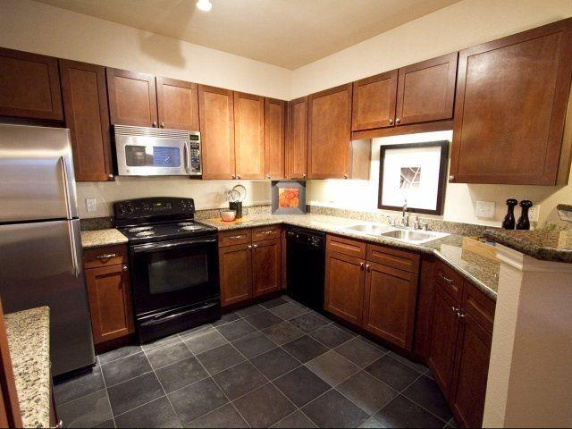 2820 Mckinnon Street #3122, Dallas, TX - $3,380 USD/ month