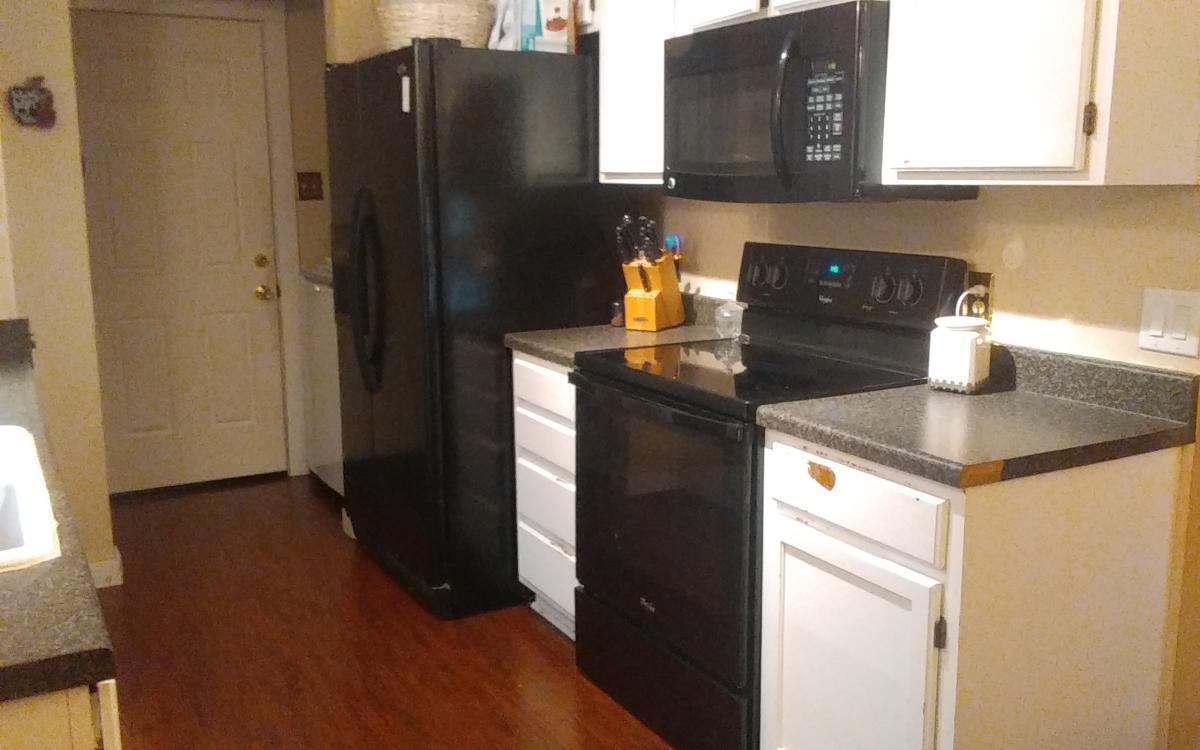 2803 Spicebush Lane, Euless, TX - 2,200 USD/ month
