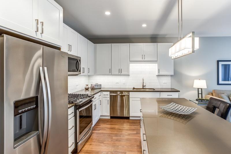 31 E Ogden Ave #205, La Grange, IL - $3,712 USD/ month