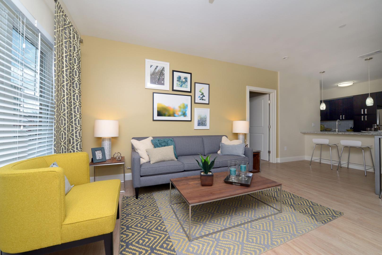 2050 Pleasant Street #1207, Bridgewater, MA - 2,100 USD/ month