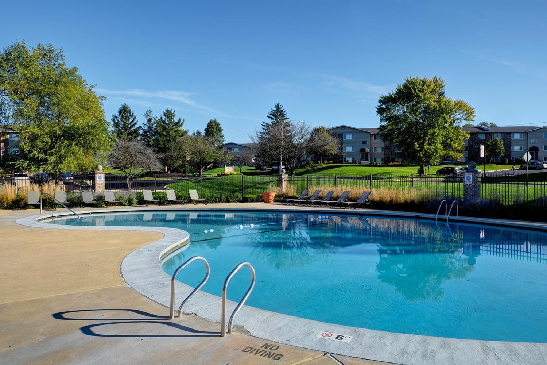 1615 Arbor Ln #800112, Crest Hill, IL - $1,307 USD/ month