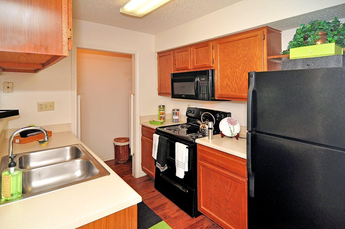 18081 Midway Road #0227, Dallas, TX - 950 USD/ month