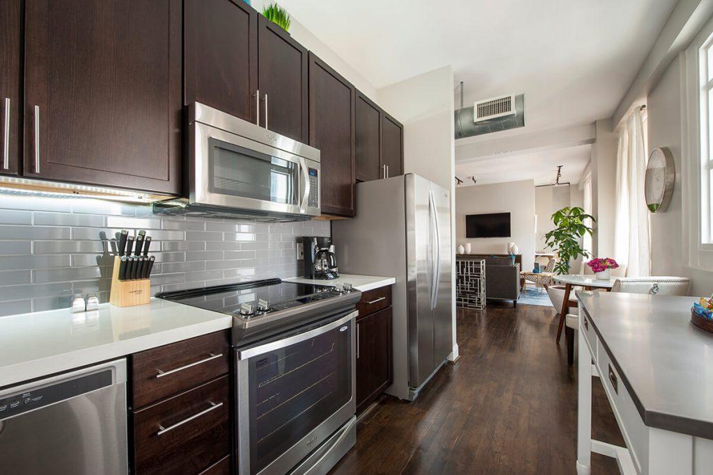 909 Texas Avenue #1701, Houston, TX - $4,505 USD/ month