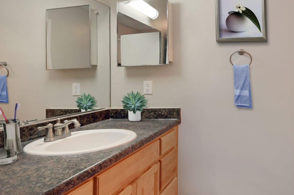 24555 Los Alisos Blvd #10-257, Laguna Hills, CA - $2,006 USD/ month