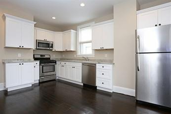 41 St Edward Rd #2, Boston, MA - 2,950 USD/ month