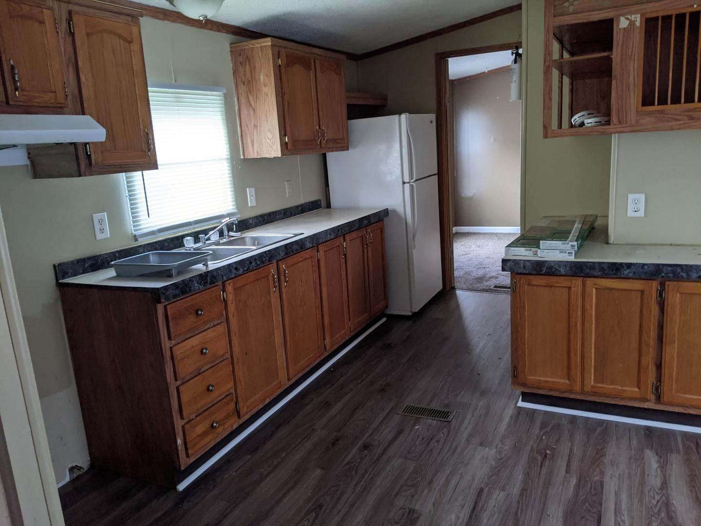 4113 N Peoria Road #38, Springfield, IL - $742 USD/ month