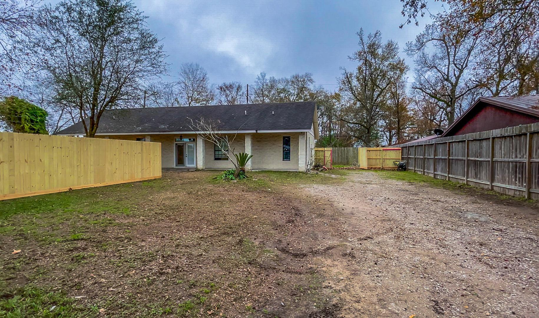 11009 Tall Timbers Dr, Houston, TX - $1,599 USD/ month