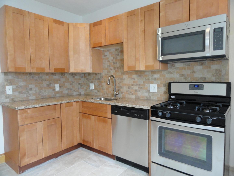 37-1 Paris Street #1, Medford, MA - $1,850 USD/ month