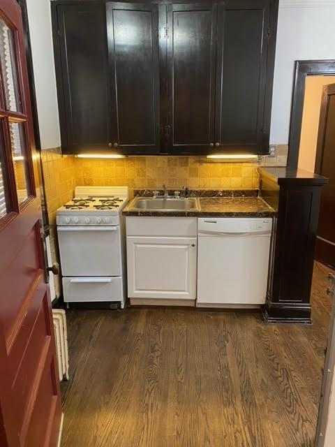 7408 N Greenview Ave #2e, Chicago, IL - $1,050 USD/ month
