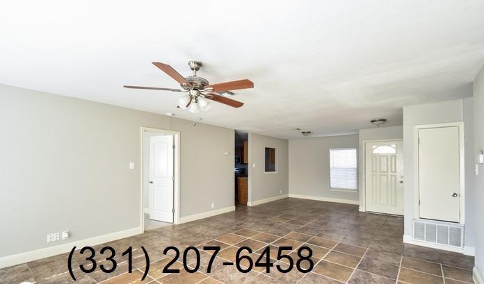 6814 Laguna Norte, San Antonio, TX - $1,000 USD/ month