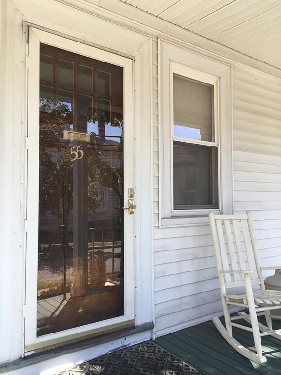 55-57 Newcomb St #1, Arlington, MA - 2,500 USD/ month