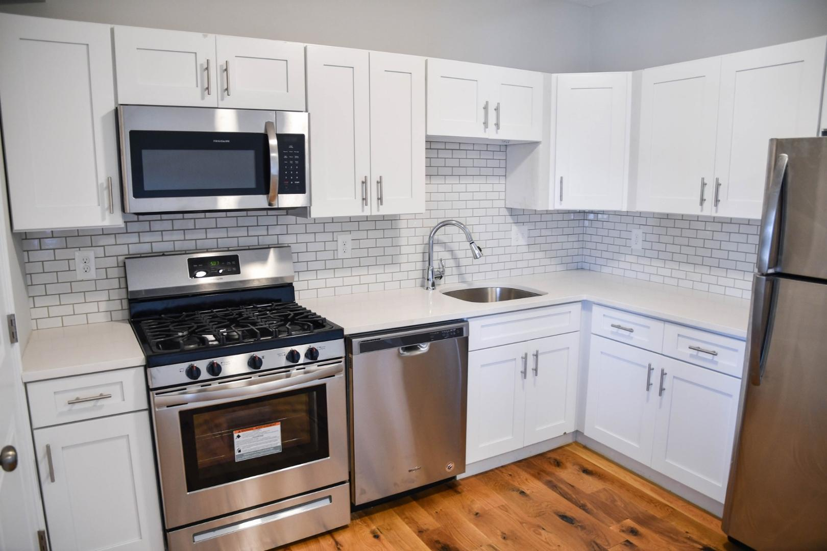 155 Chelsea st #3 #3, East Boston, MA - 3,000 USD/ month