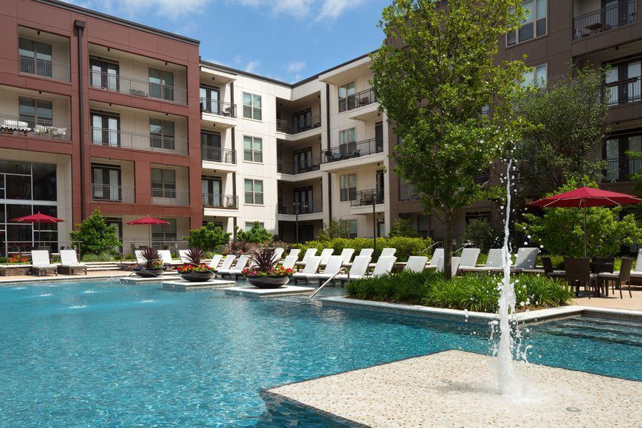 5050 Capitol Avenue #214, Dallas, TX - 2,385 USD/ month