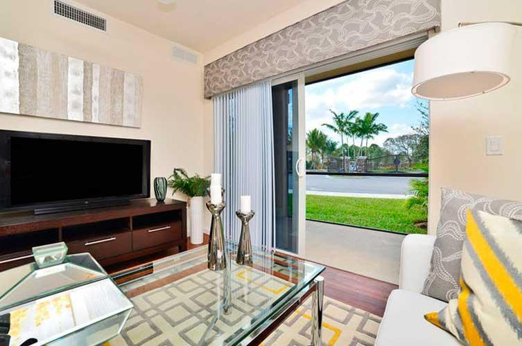 4725 Via Bari #2102, Lake Worth, FL - $1,731 USD/ month