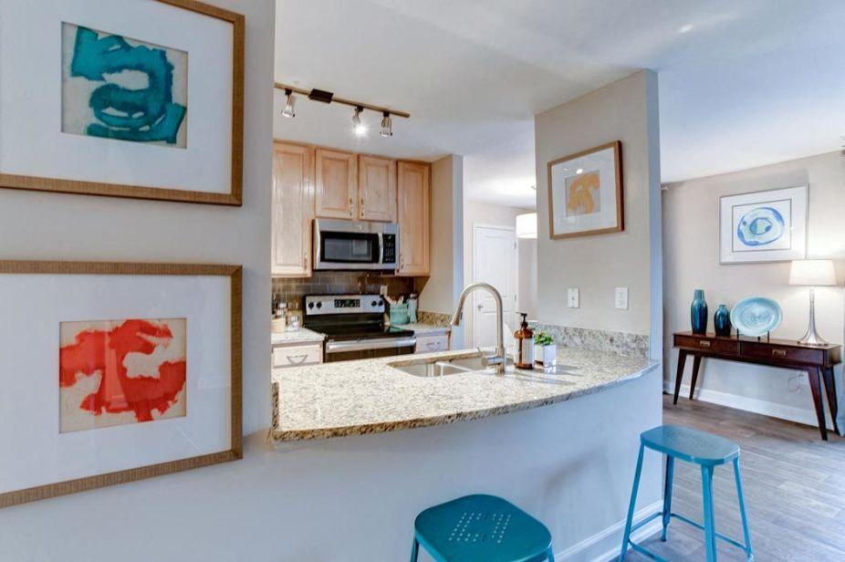 3005 Oak Green Circle #3041RC, Ellicott City, MD - $2,090 USD/ month
