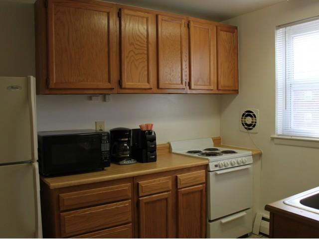 2610 Philadelphia Pike B6 #S02, Claymont, DE - 1,381 USD/ month