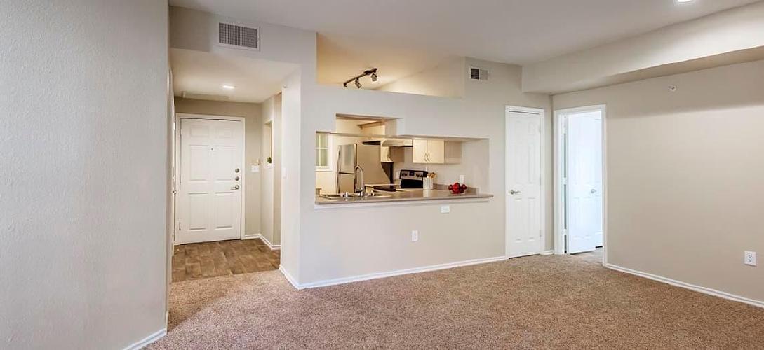 2815 Allen Street #205, Dallas, TX - 2,160 USD/ month