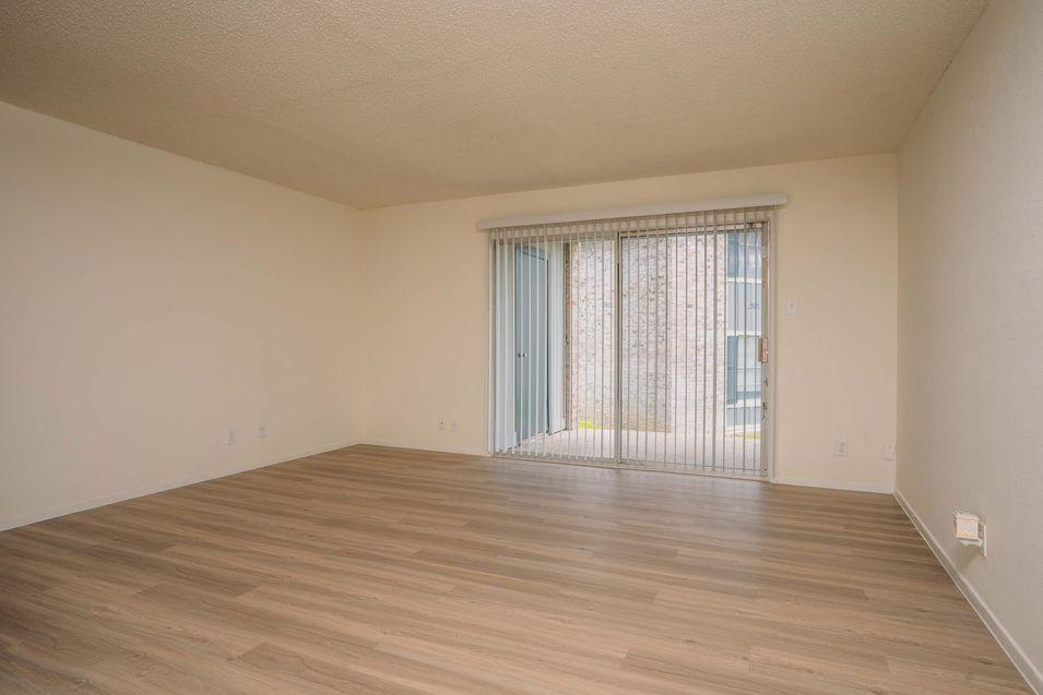 5235 Glen Ridge Drive #2012, San Antonio, TX - $673 USD/ month