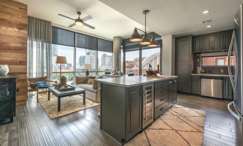 2558 N Houston Street #1501, Dallas, TX - $3,474 USD/ month