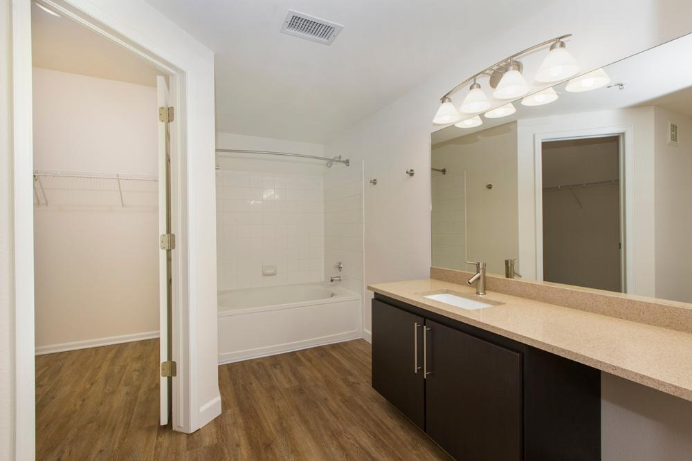 19600 Clubhouse Drive #07-130, Parker, CO - $2,175 USD/ month