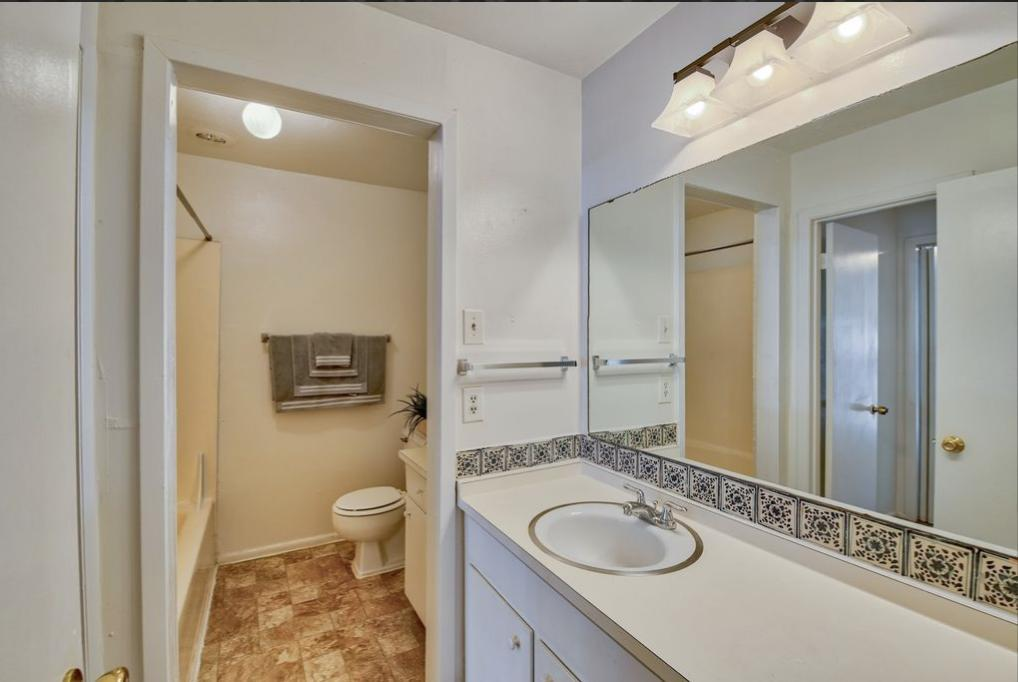 1101 Townsend Avenue #116, San Antonio, TX - $850 USD/ month