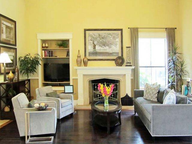 6800 McNeil Drive #1218, Austin, TX - $1,745 USD/ month