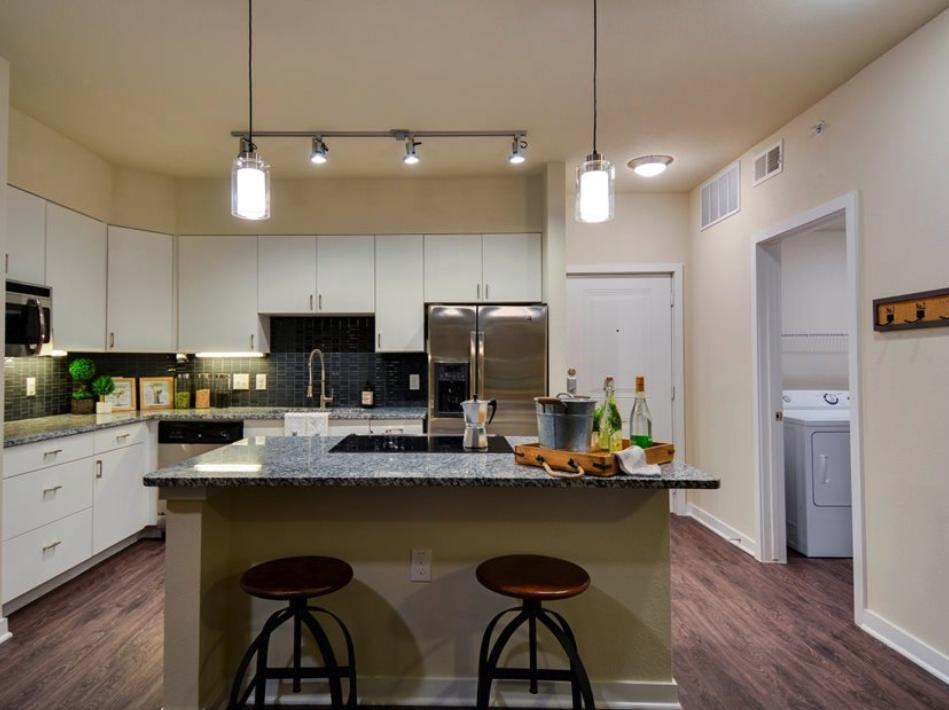 5010 S Congress Avenue #2116, Austin, TX - $2,174 USD/ month