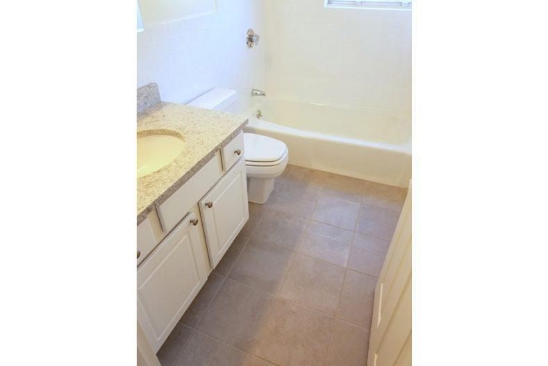 200 Bedford Road #FP-1BR/1BA, Woburn, MA - $1,850 USD/ month