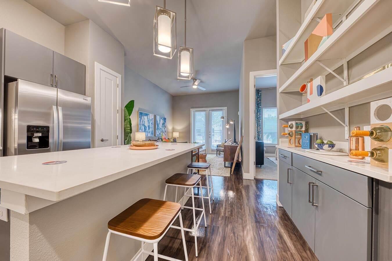 326 S Flores Street #1050, San Antonio, TX - $2,492 USD/ month