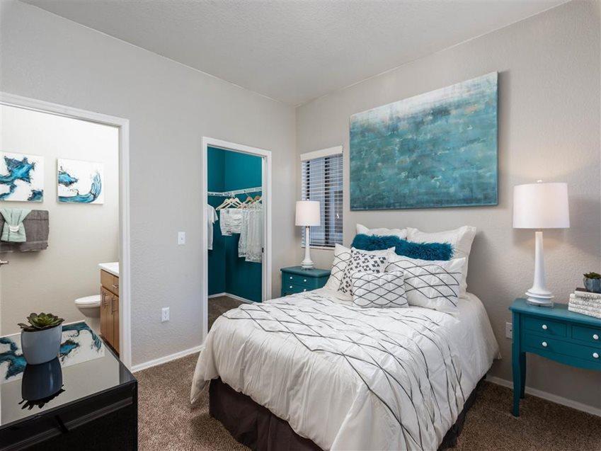 1700 N 103rd Ave #1049, Avondale, AZ - 2,229 USD/ month