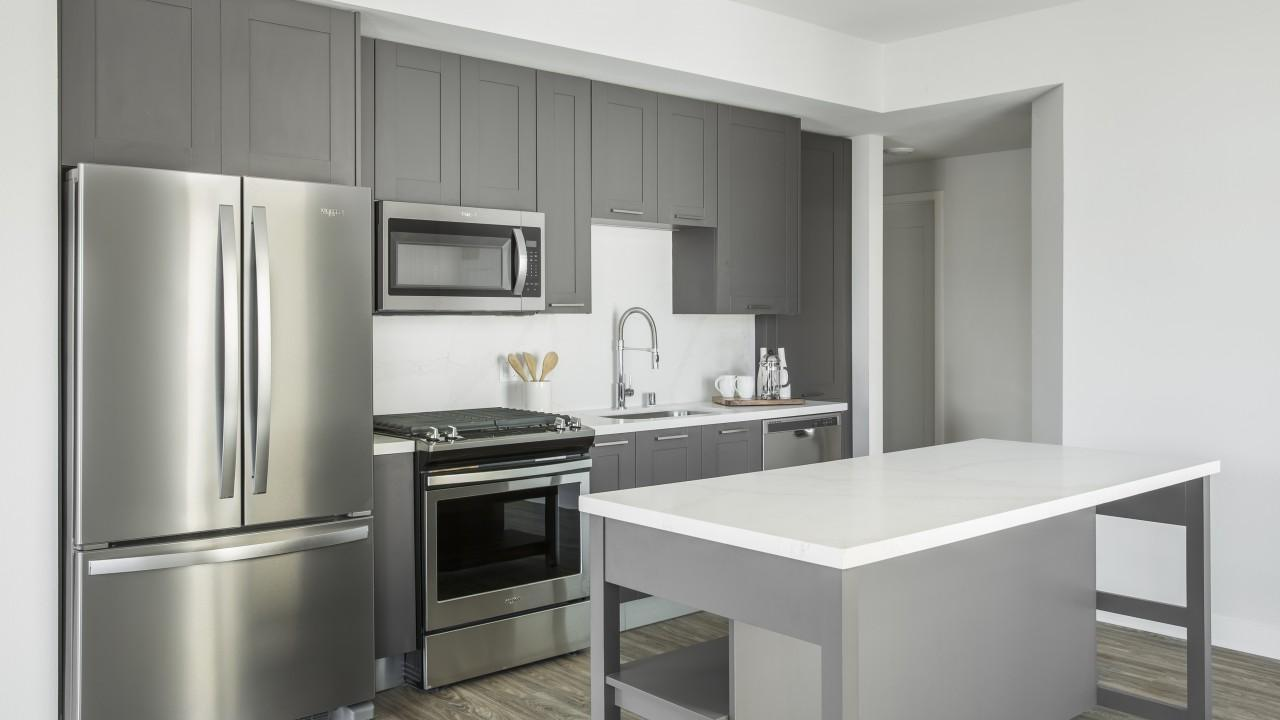 6775 Selma Ave #A2-601, Los Angeles, CA - $4,339 USD/ month