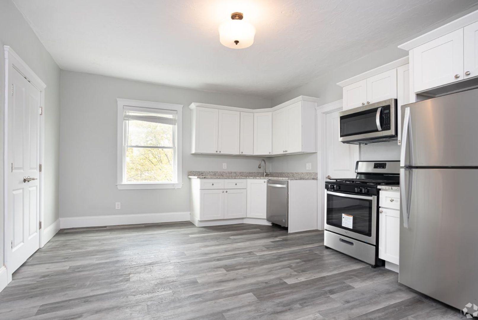 108-110 Meridian Street #3, Boston, MA - $2,800 USD/ month