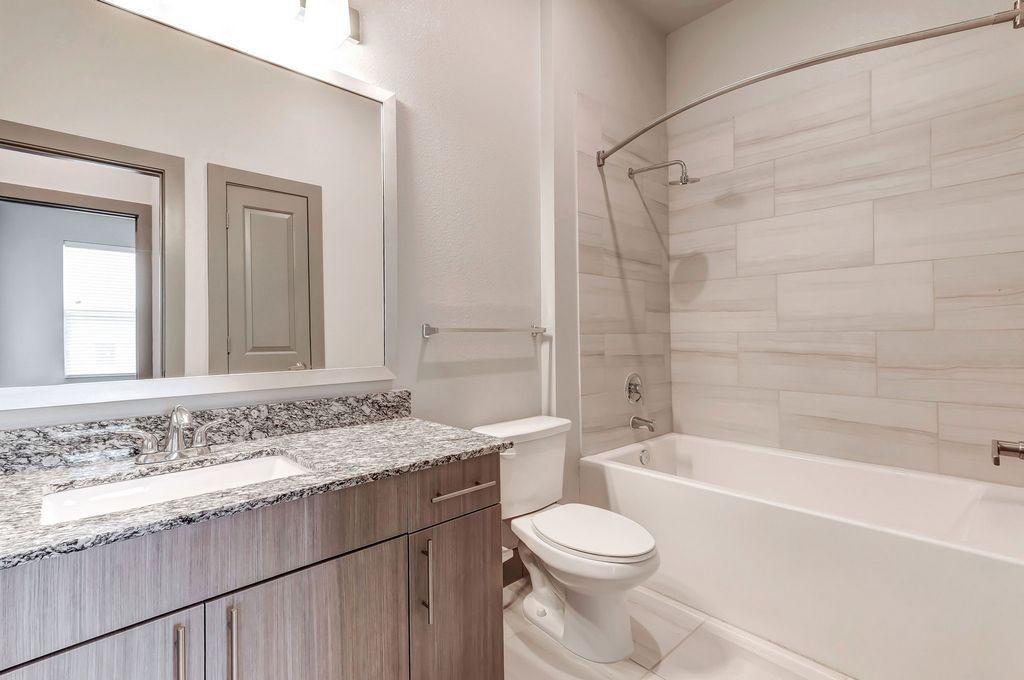 10151 Shoreview Road #107, Dallas, TX - 1,865 USD/ month