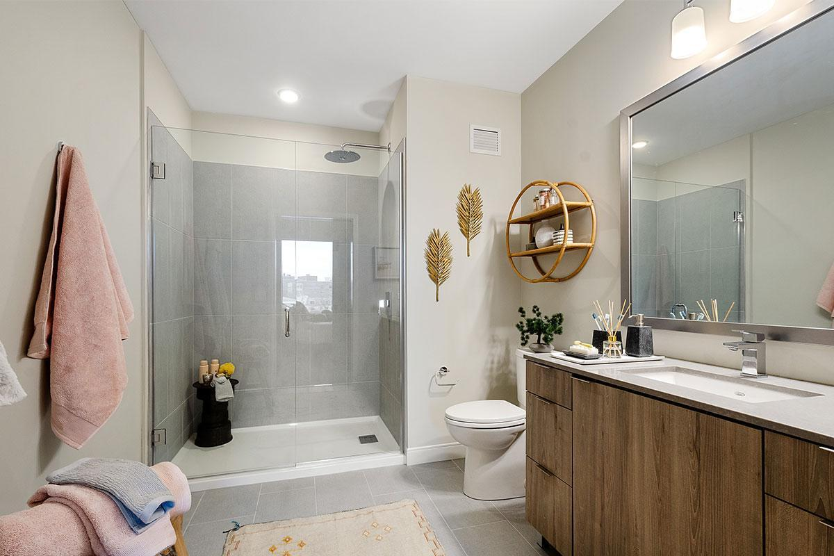 1500 Sherman Ave #1125, Evanston, IL - $2,120 USD/ month