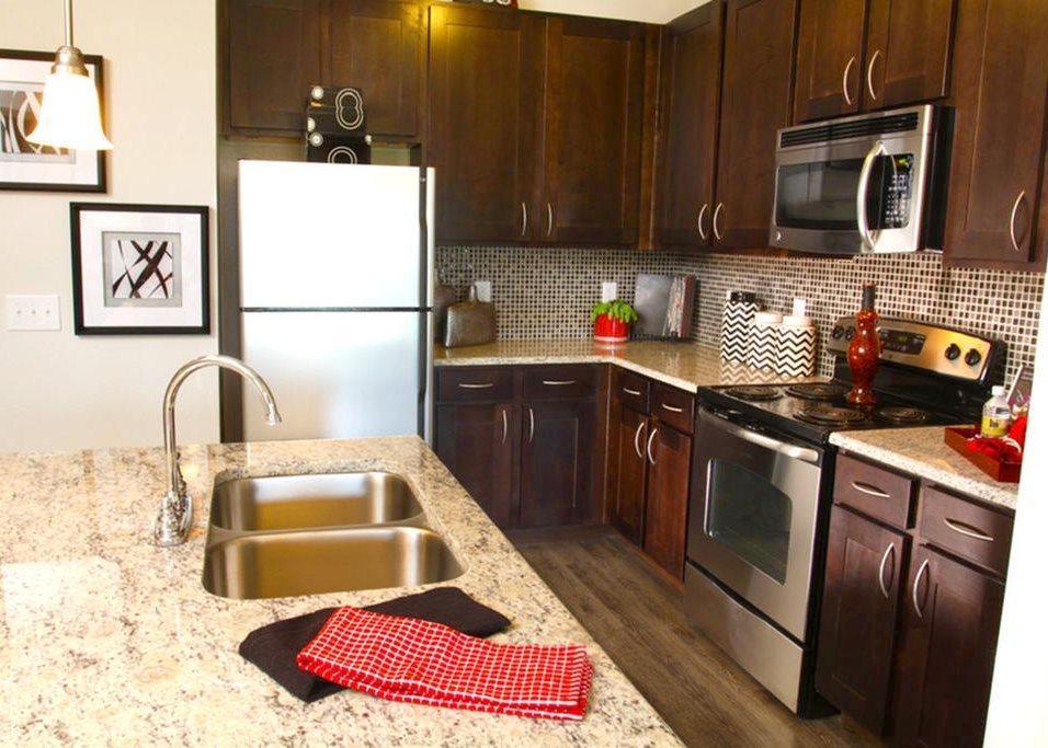 922 East Sonterra Boulevard #8101, San Antonio, TX - $2,500 USD/ month