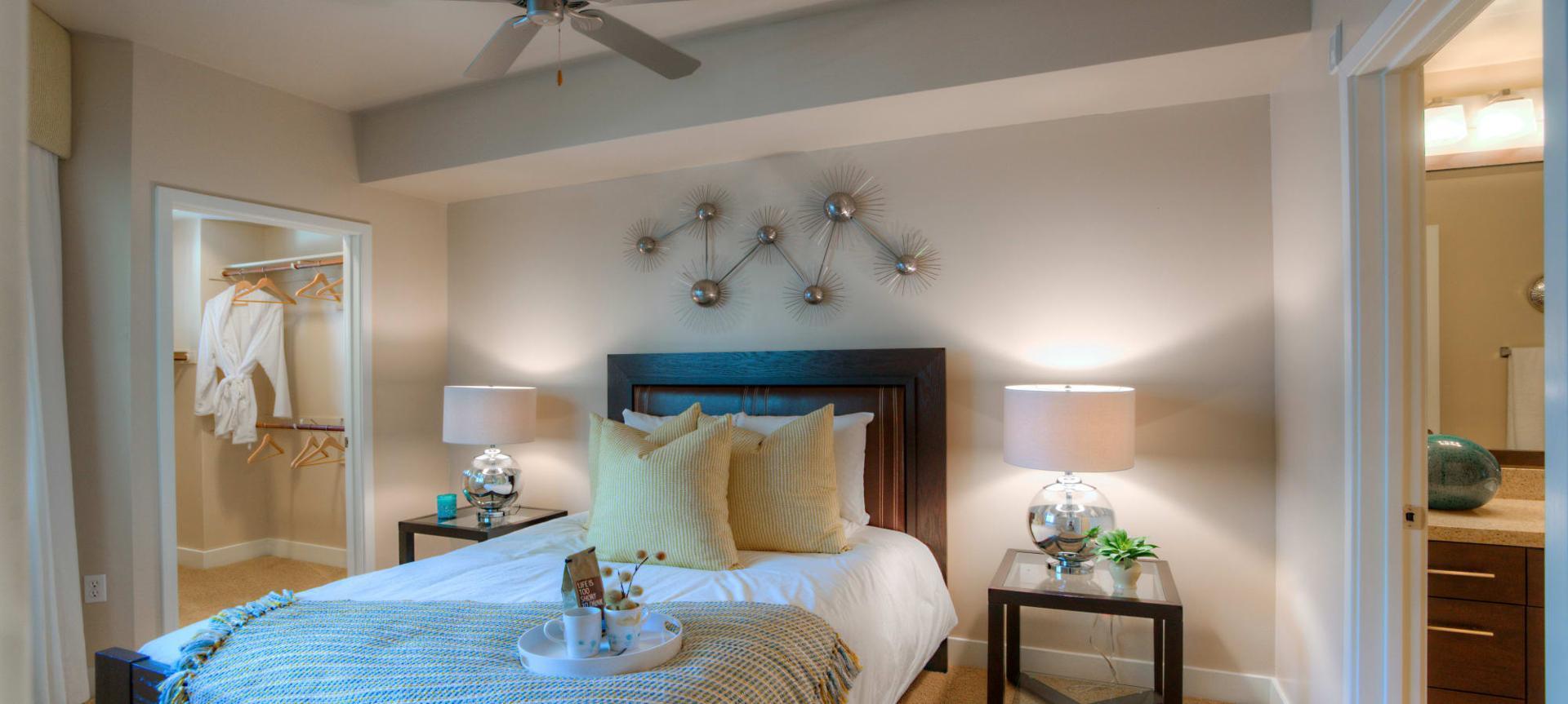 1550 E Campbell Ave #3017, Phoenix, AZ - $1,684 USD/ month
