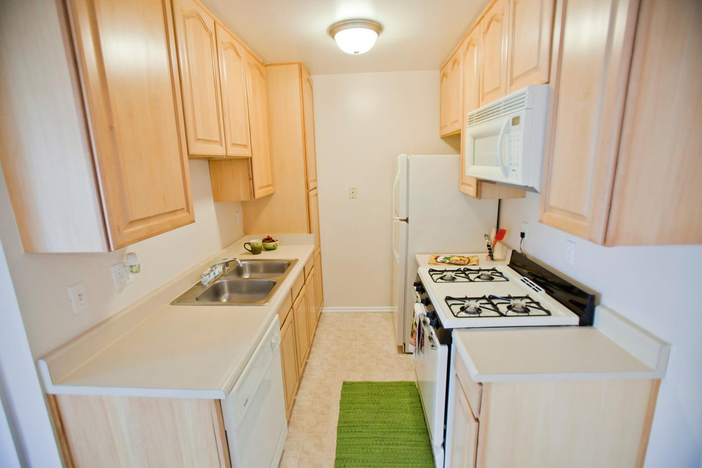 125 W Olive Ave #209, Monrovia, CA - $1,975 USD/ month