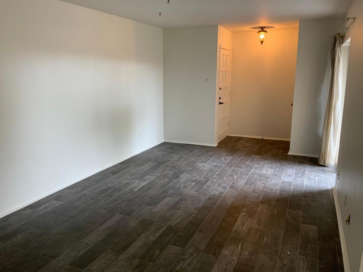 2802 Escada Dr #102, Dallas, TX - 1,000 USD/ month