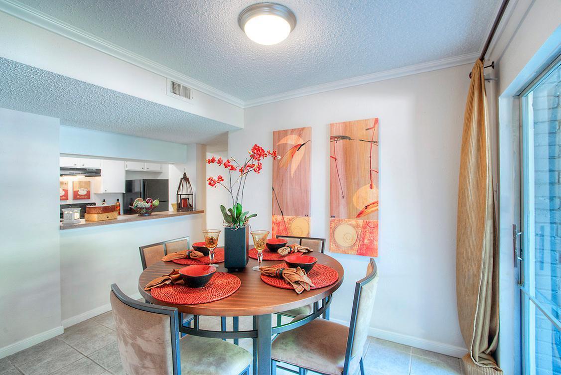 4515 Gardendale Street #606, San Antonio, TX - $610 USD/ month