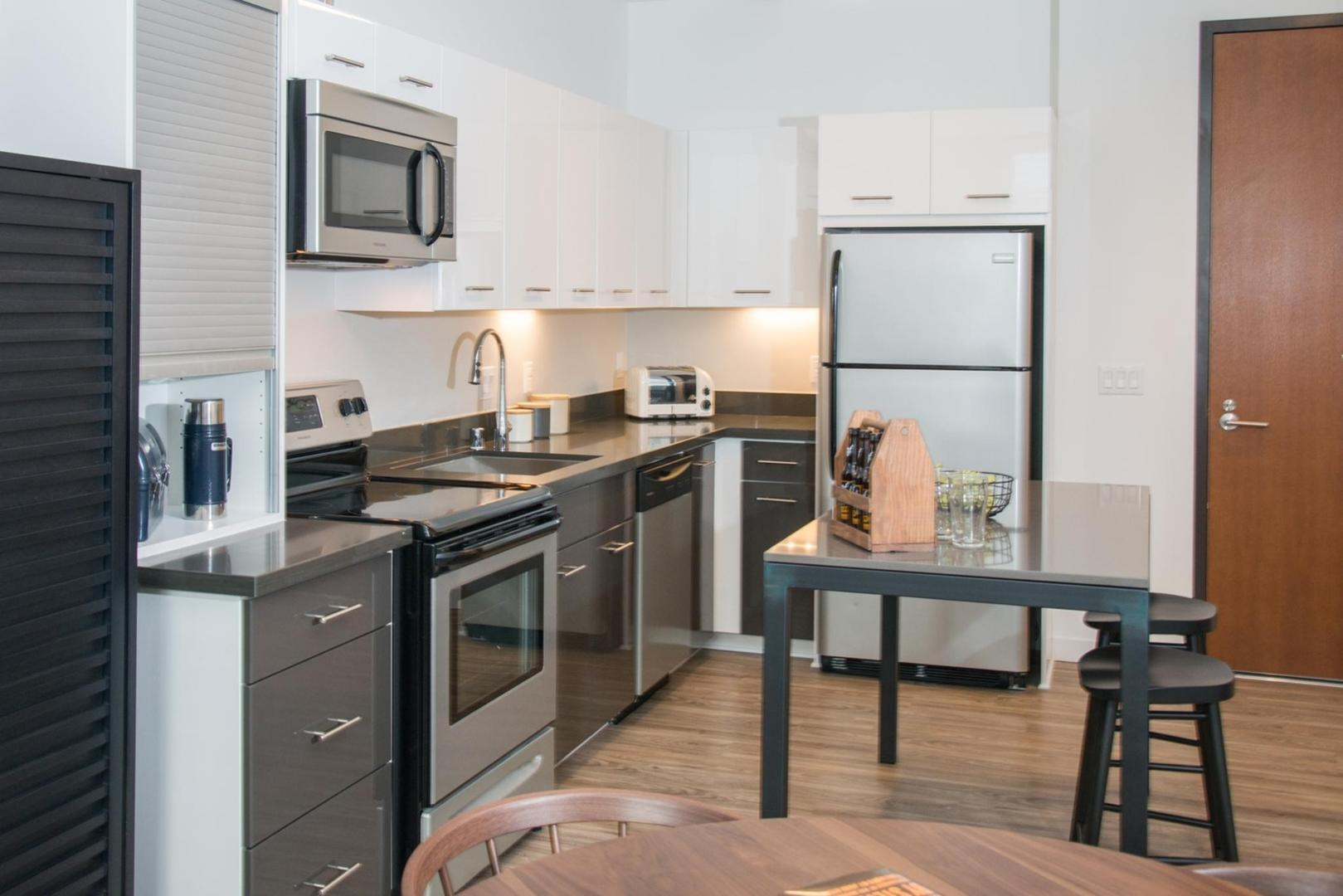688 13th St #434 - 2659USD / month