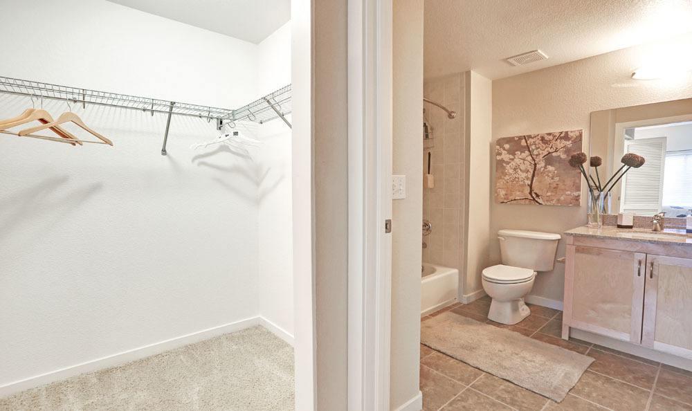 445 S Saulsbury Street #M1-2-G, Lakewood, CO - $3,029 USD/ month