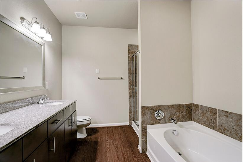 18100 West Rd #1717, Houston, TX - 1,104 USD/ month
