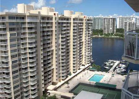18071 BISCAYNE BLVD, Aventura, FL - $1,500 USD/ month