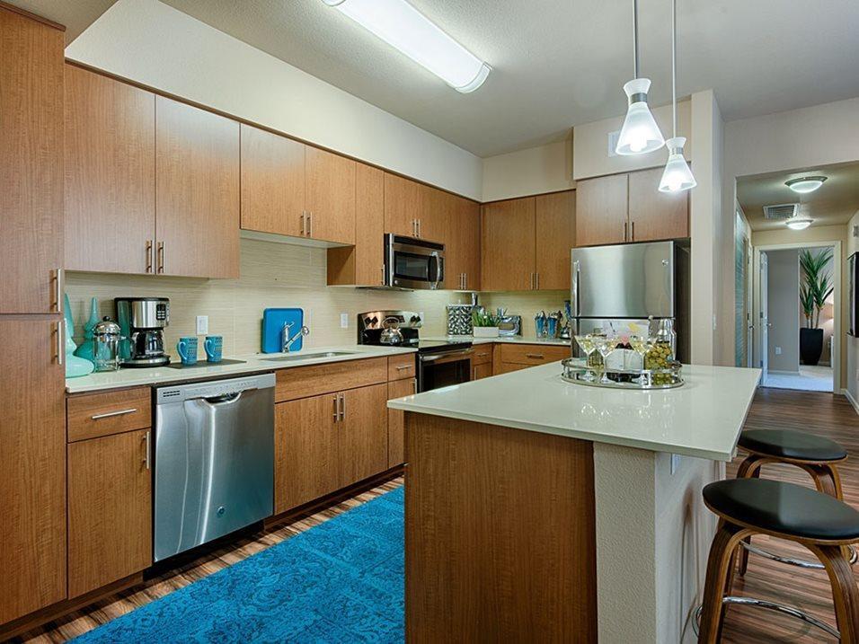 21021 N 56th St #2025, Phoenix, AZ - $2,063 USD/ month
