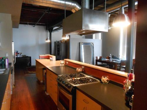 1000 S Charles St #204, Baltimore, MD - $1,989 USD/ month