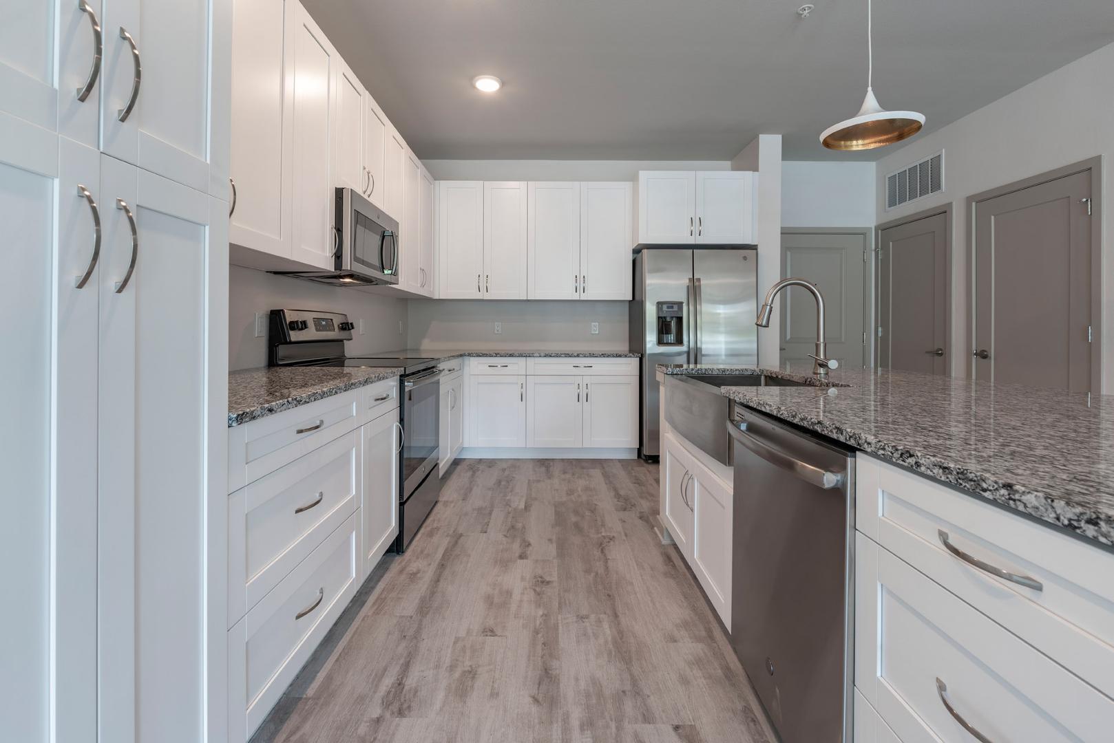 9539 Delaney Creek Boulevard #1-1307, Tampa, FL - $1,870 USD/ month